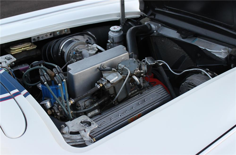 1961 CHEVROLET CORVETTE CONVERTIBLE - Engine - 154461
