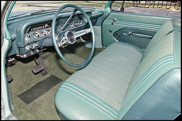 1961 CHEVROLET BEL AIR 2 DOOR COUPE - Interior - 154464