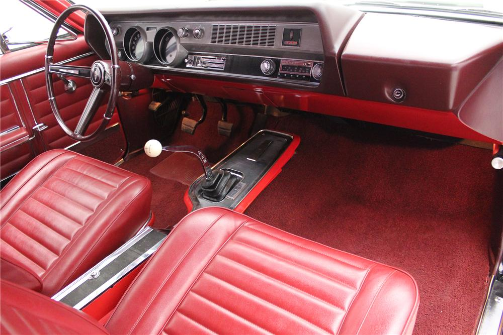 1967 OLDSMOBILE 442 W30 2 DOOR HARDTOP - Interior - 154466