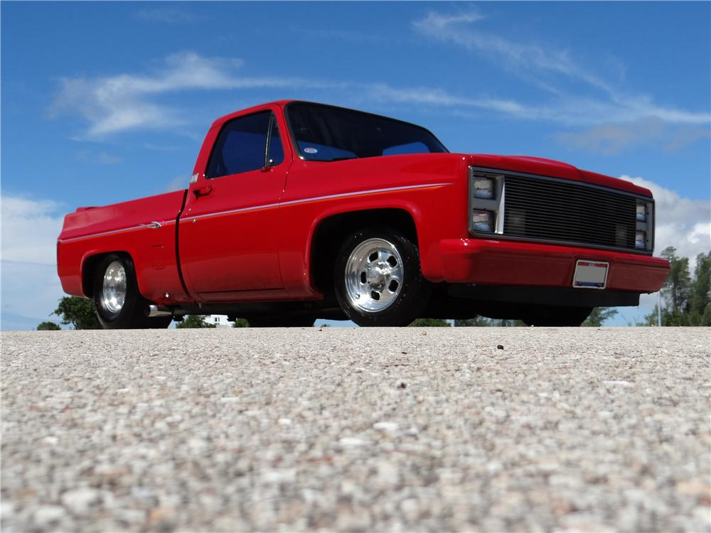 1986 CHEVROLET C-10 CUSTOM PICKUP - Front 3/4 - 154477