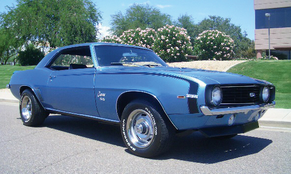 1969 CHEVROLET CAMARO SS 396 COUPE - Front 3/4 - 15487
