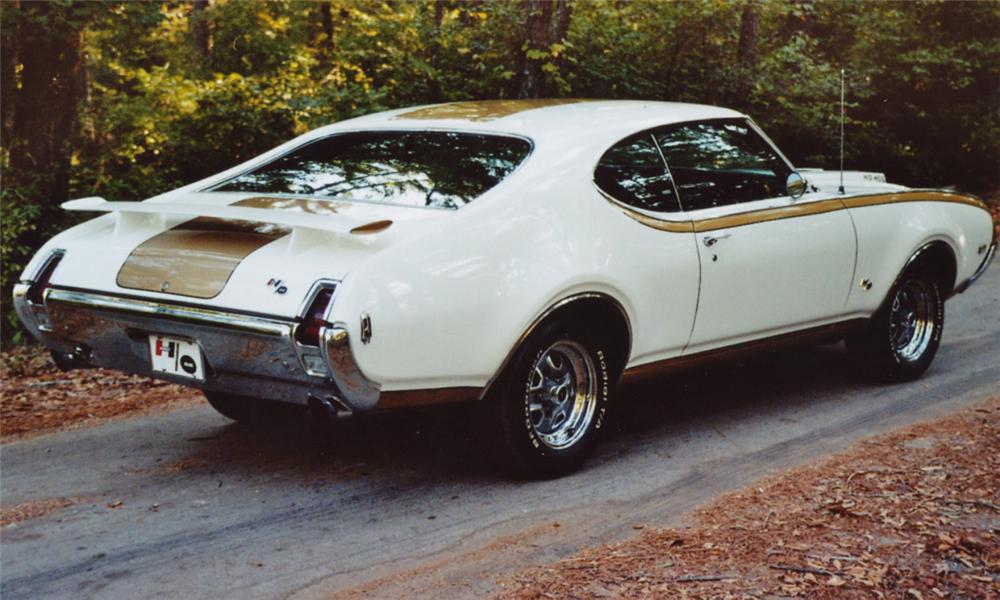 1969 OLDSMOBILE 442 HURST COUPE - Rear 3/4 - 15510