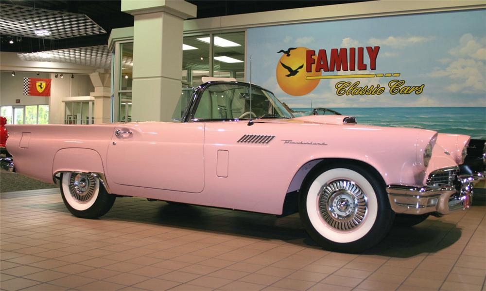 1957 FORD THUNDERBIRD CONVERTIBLE - Side Profile - 15522