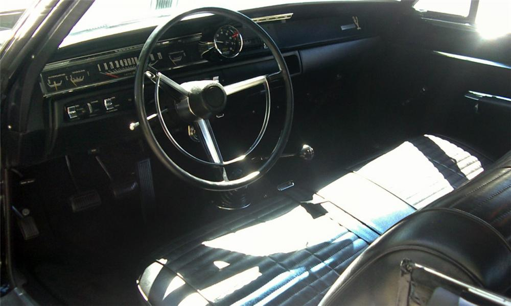 1968 PLYMOUTH HEMI ROAD RUNNER COUPE - Interior - 15527
