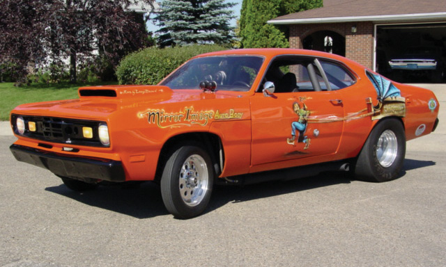 1972 PLYMOUTH DUSTER DRAG CAR - Front 3/4 - 15540