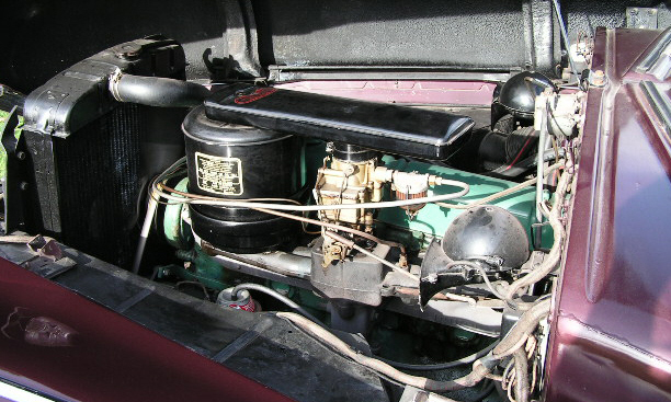 1948 BUICK SUPER CONVERTIBLE - Engine - 15545