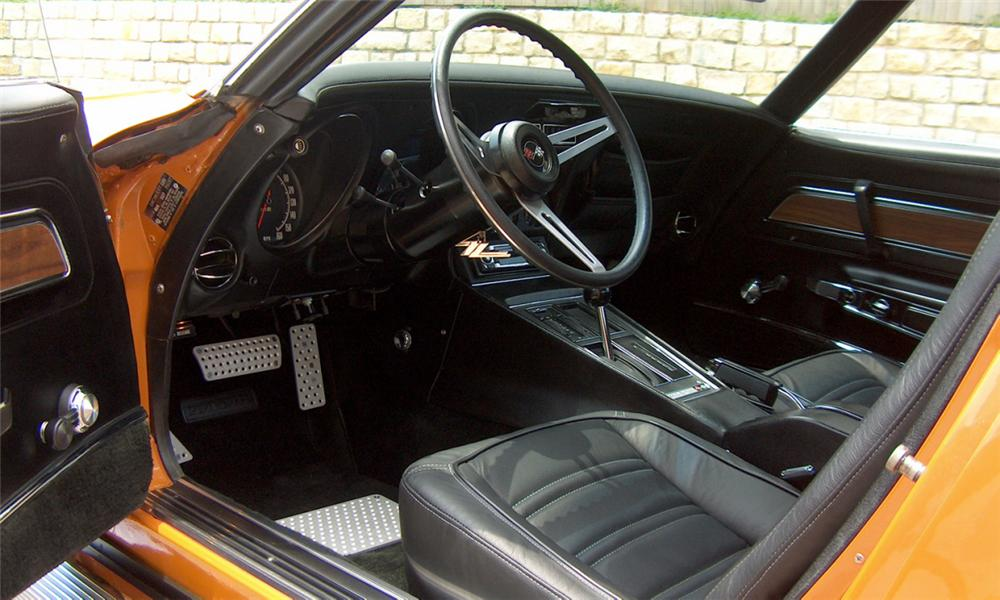 1972 CHEVROLET CORVETTE CUSTOM COUPE T-TOP - Interior - 15550