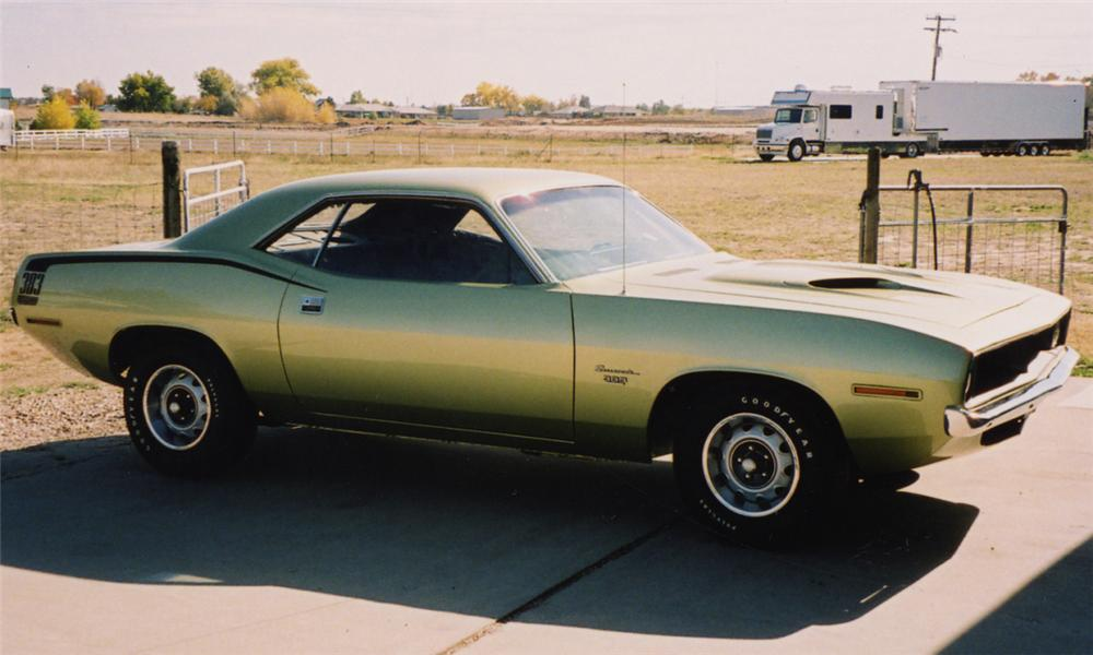 1970 PLYMOUTH BARRACUDA COUPE - Front 3/4 - 15596
