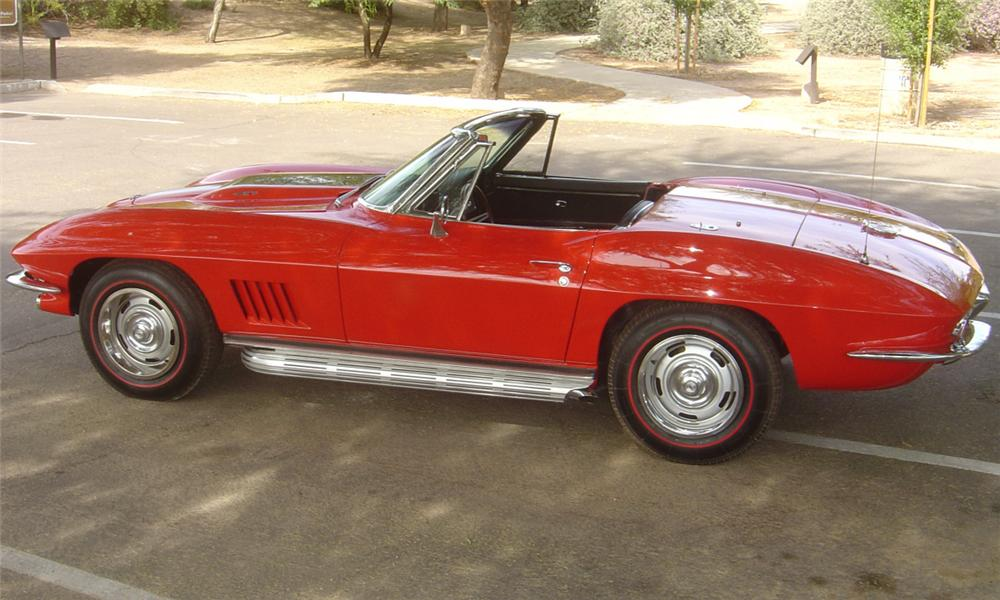 1967 CHEVROLET CORVETTE 427/435 CONVERTIBLE - Side Profile - 15598