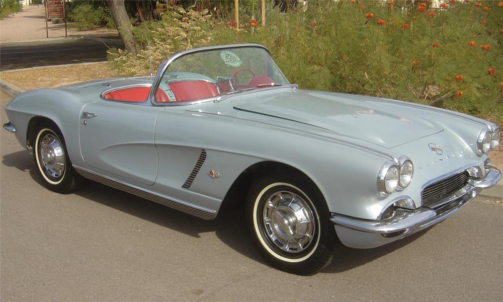 1962 CHEVROLET CORVETTE 327 CONVERTIBLE - Front 3/4 - 15599