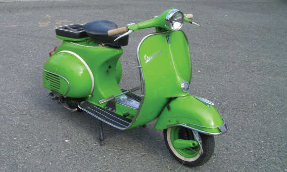 1964 VESPA SCOOTER   - Front 3/4 - 15604
