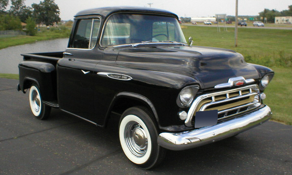 1957 CHEVROLET 3100 PICKUP - Front 3/4 - 15626