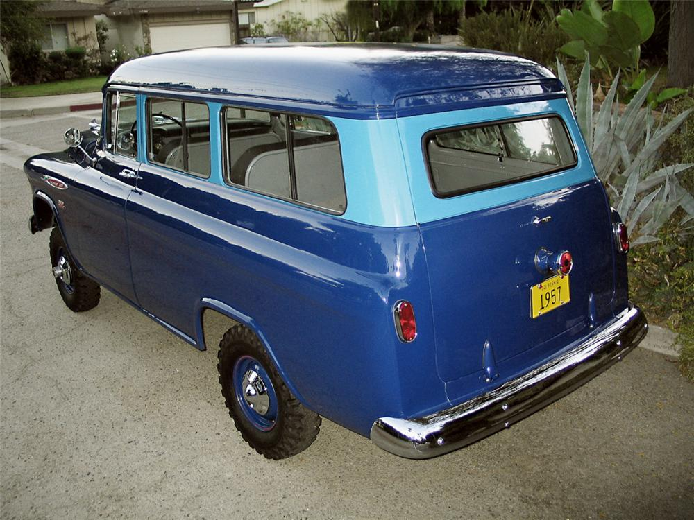 1957 chevrolet suburban carryall napco 4 wheel drive 15630. Black Bedroom Furniture Sets. Home Design Ideas