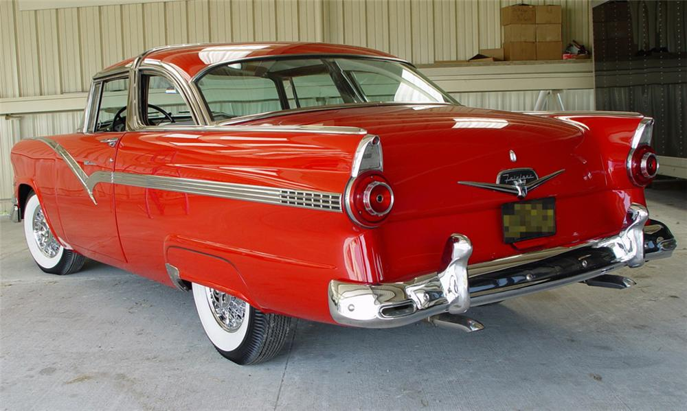 1956 FORD CROWN VICTORIA 2 DOOR HARDTOP - Rear 3/4 - 15635