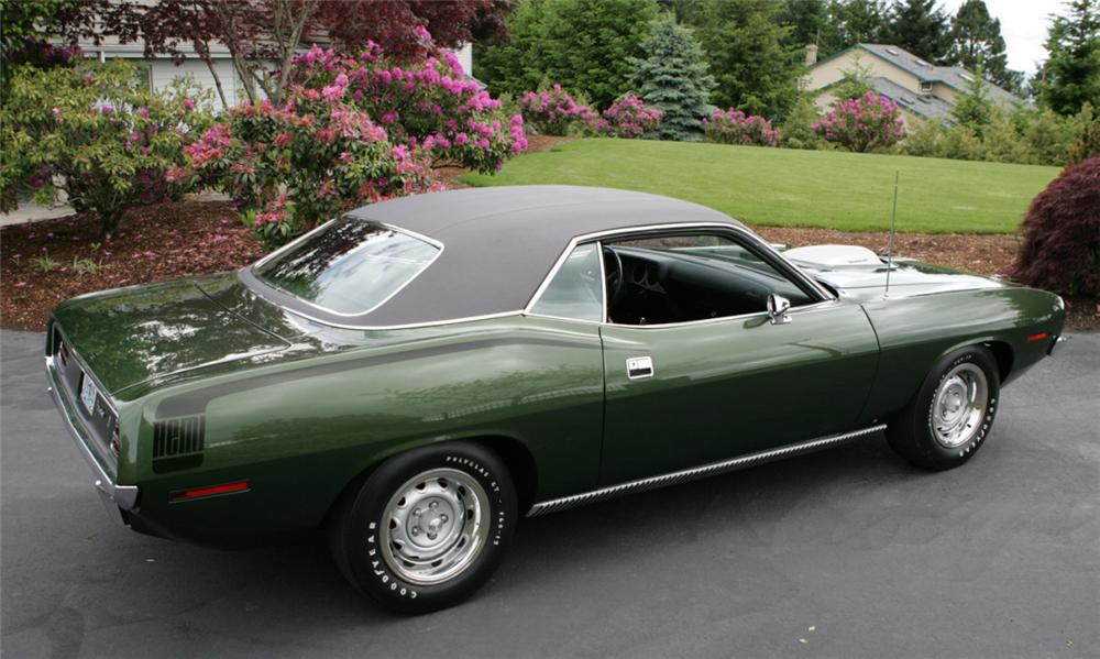 1970 PLYMOUTH HEMI CUDA 2 DOOR HARDTOP - Rear 3/4 - 15640