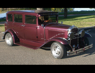 1931 BUICK MODEL 50 CUSTOM 4 DOOR SEDAN -  - 15650