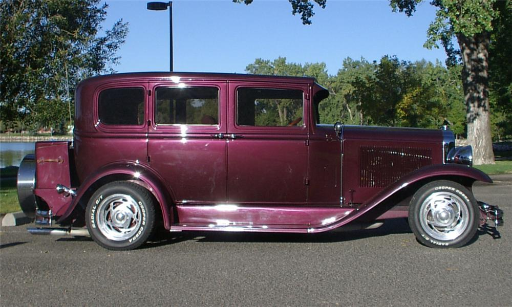 1931 BUICK MODEL 50 CUSTOM 4 DOOR SEDAN - Side Profile - 15650