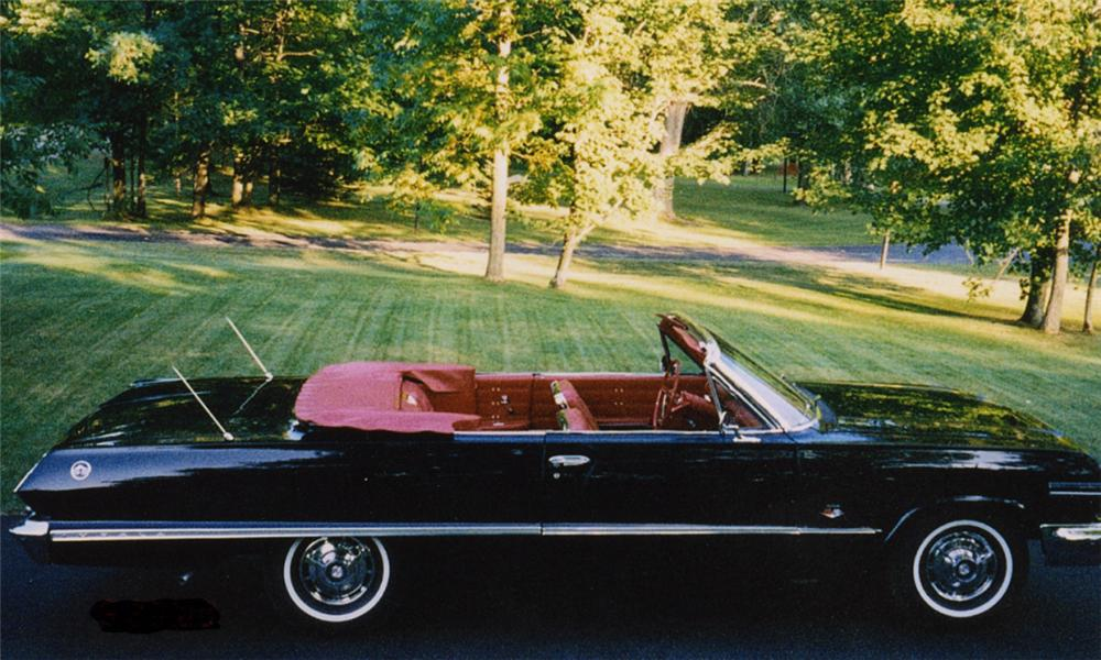 1963 CHEVROLET IMPALA SS CONVERTIBLE - Side Profile - 15659