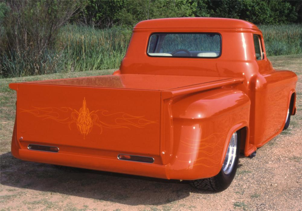1955 CHEVROLET 3100 CUSTOM PICKUP - Rear 3/4 - 15711