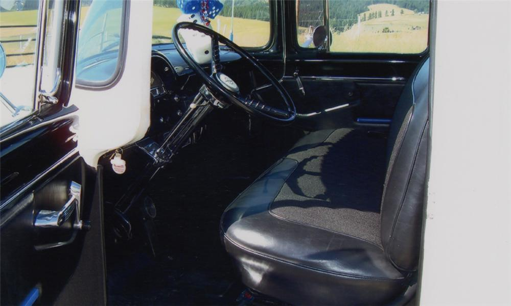 1956 FORD F-100 PICKUP - Interior - 15718