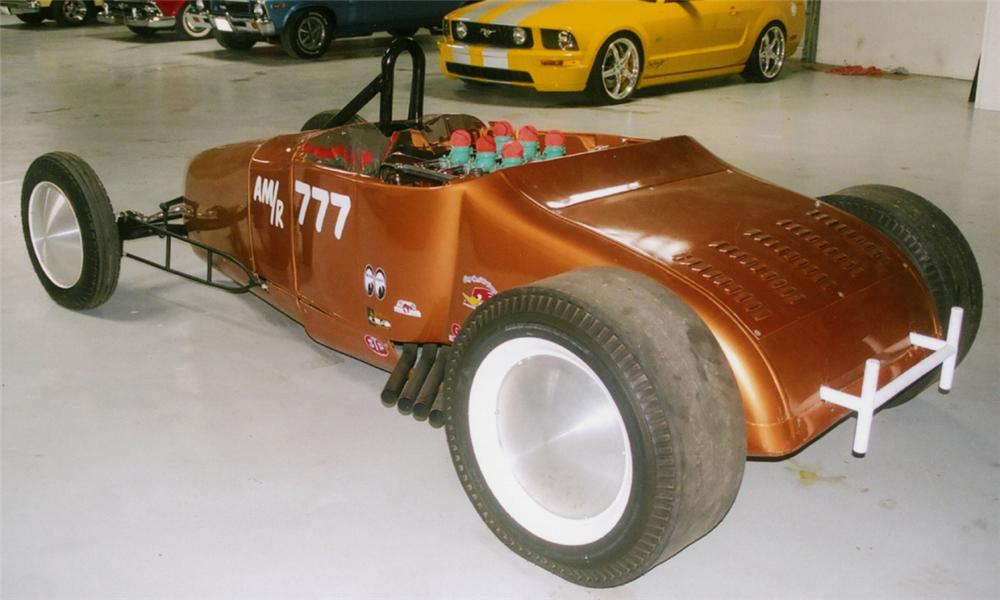 1926 FORD DRAGSTER - Rear 3/4 - 15721