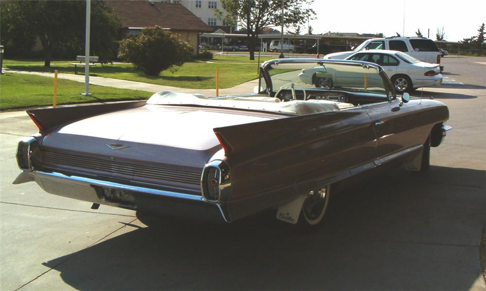1962 CADILLAC SERIES 62 CONVERTIBLE - Rear 3/4 - 15732