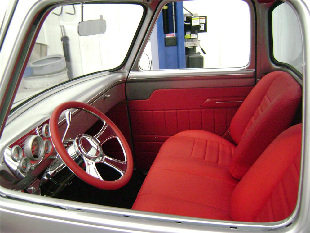1955 FORD F-100 CUSTOM PICKUP - Interior - 157325