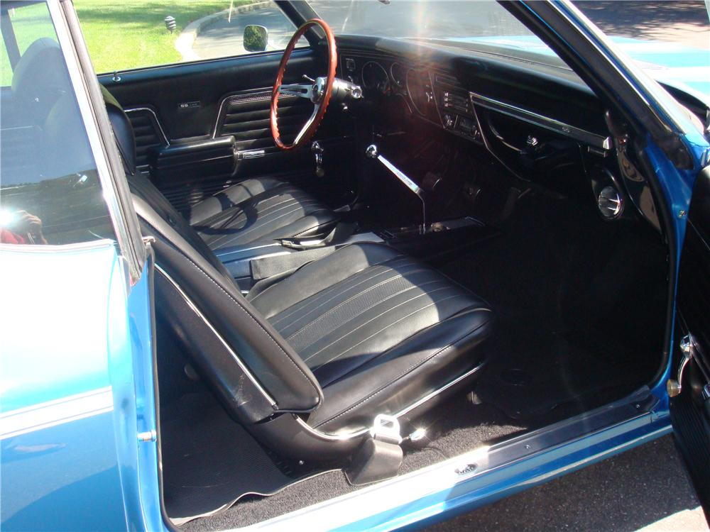 1969 CHEVROLET CHEVELLE SS 396 2 DOOR COUPE - Interior - 157334