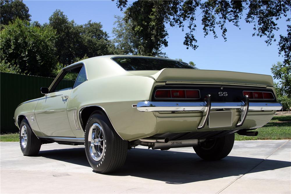 1969 CHEVROLET CAMARO SS 2 DOOR COUPE - Rear 3/4 - 157337
