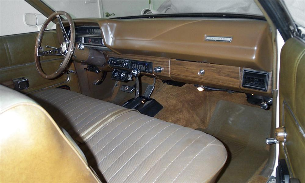 1971 ford ranchero squire pickup interior 15734