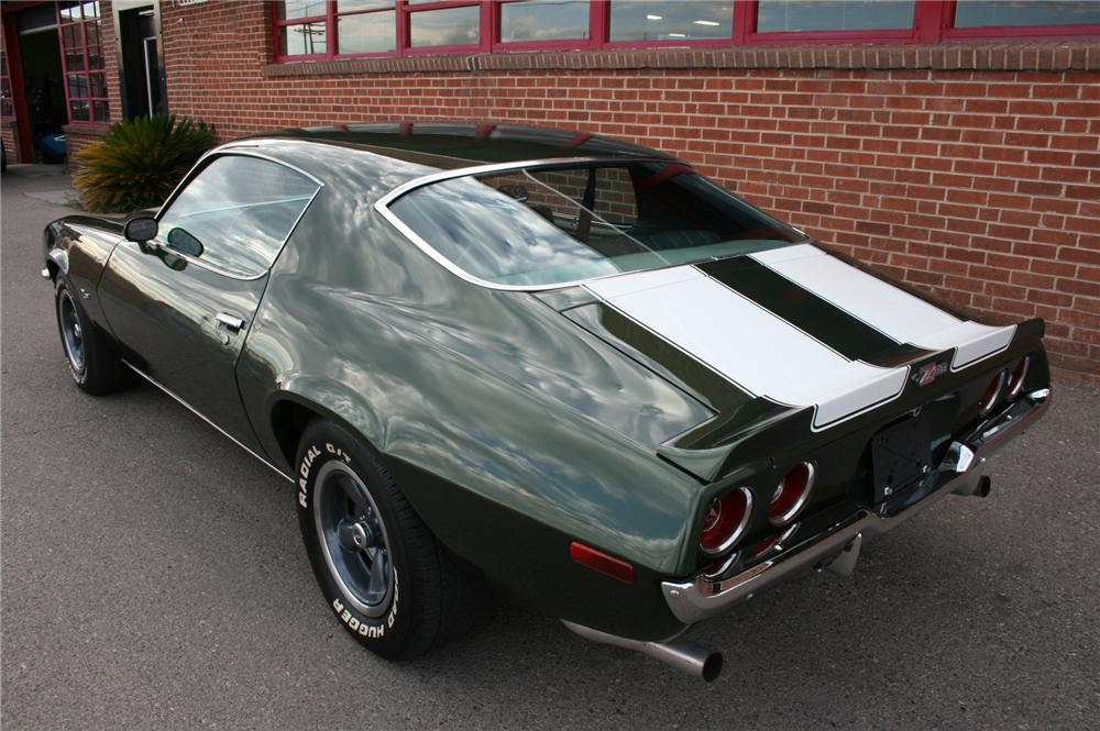 1970 CHEVROLET CAMARO Z/28 2 DOOR COUPE - Rear 3/4 - 157358