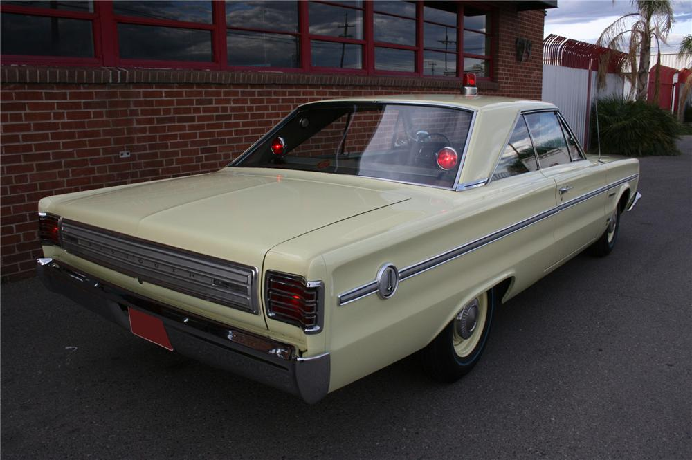 1966 PLYMOUTH BELVEDERE 2 DOOR HARDTOP - Rear 3/4 - 157362
