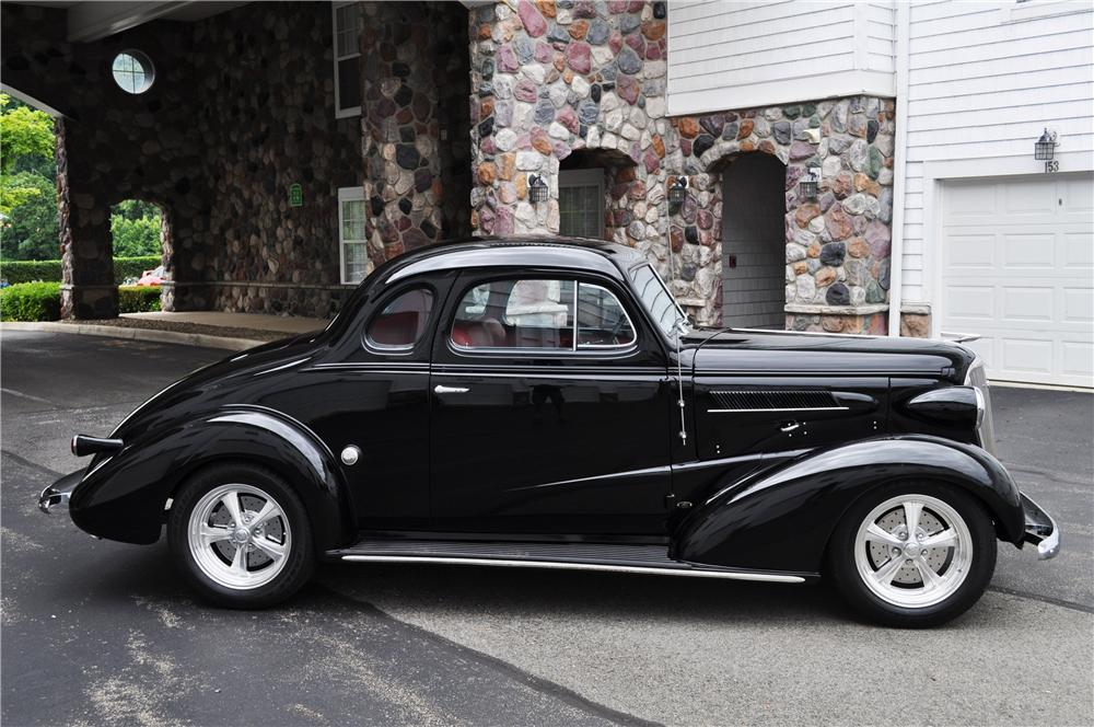 1937 CHEVROLET MASTER CUSTOM 2 DOOR COUPE - Side Profile - 157366