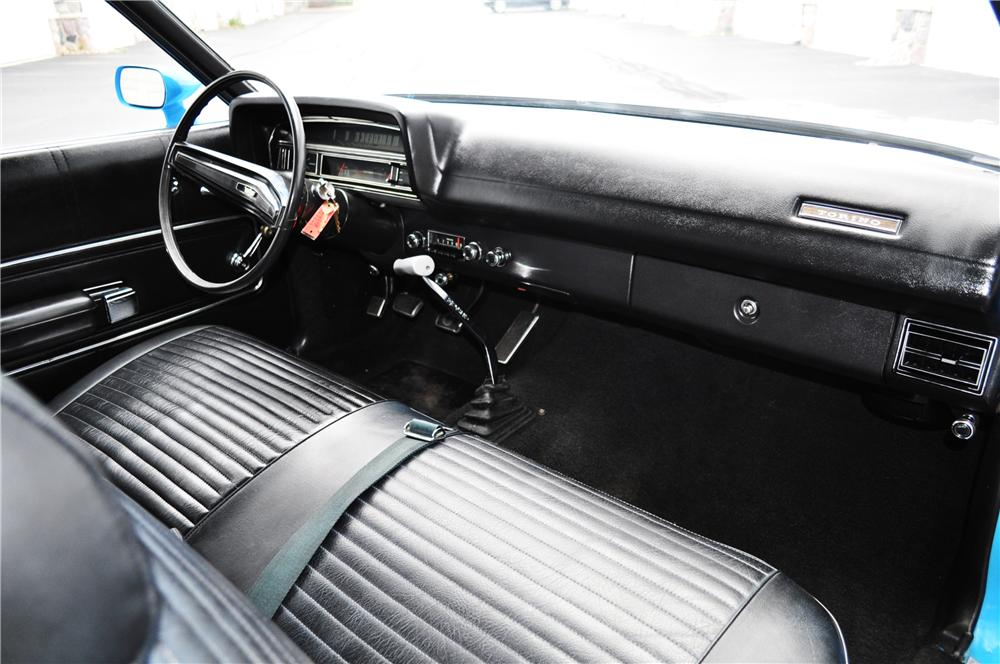 1970 FORD TORINO 2 DOOR COUPE - Interior - 157367