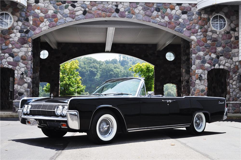 1963 LINCOLN CONTINENTAL CONVERTIBLE - Front 3/4 - 157369