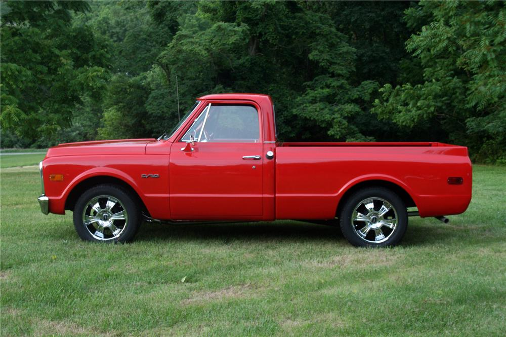 1970 CHEVROLET C-10 CUSTOM PICKUP - Side Profile - 157370