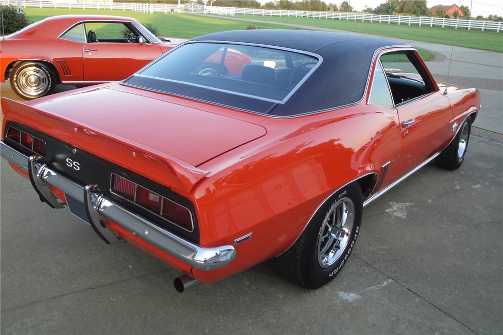 1969 CHEVROLET CAMARO 2 DOOR COUPE - Rear 3/4 - 157379