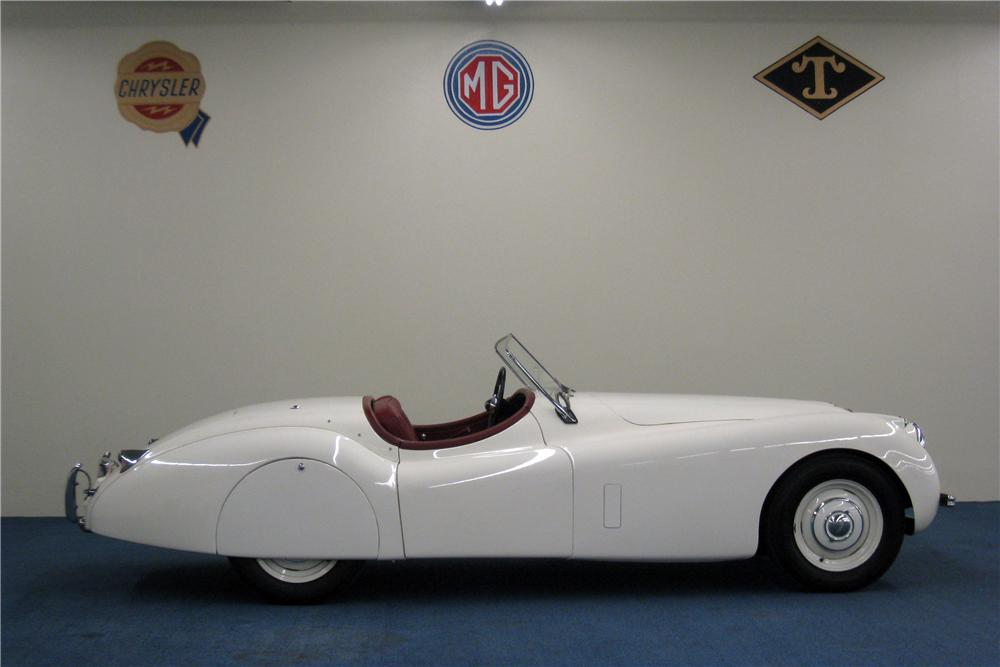 1953 JAGUAR XK 120 ROADSTER - Side Profile - 157398