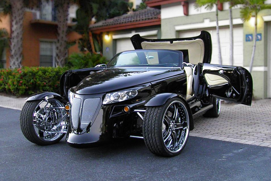 2000 PLYMOUTH PROWLER CUSTOM CONVERTIBLE - Front 3/4 - 157400
