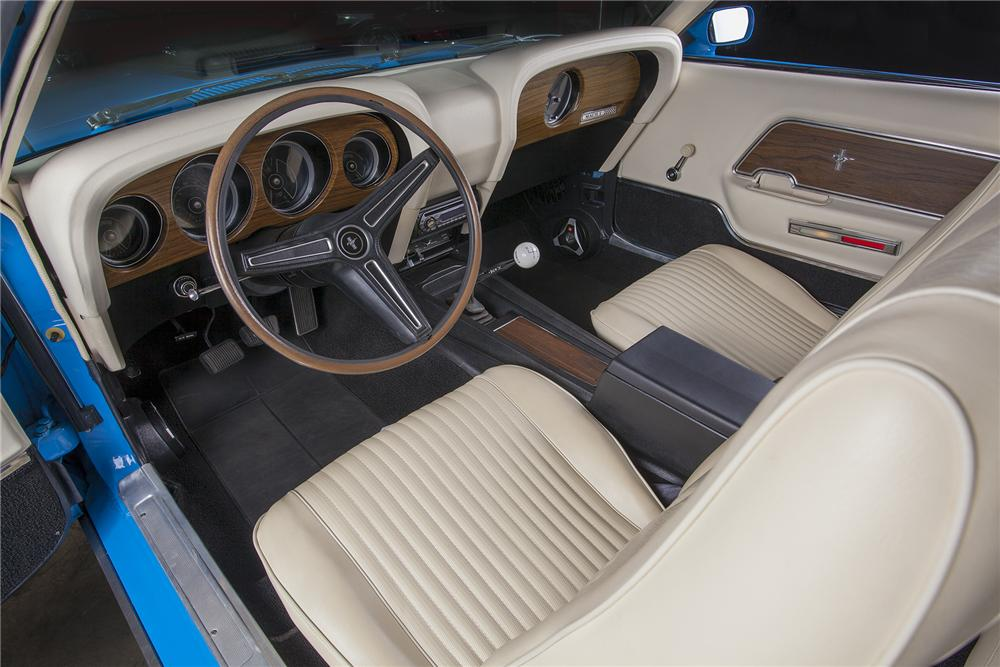 1970 FORD MUSTANG 428 CJ FASTBACK - Interior - 157444