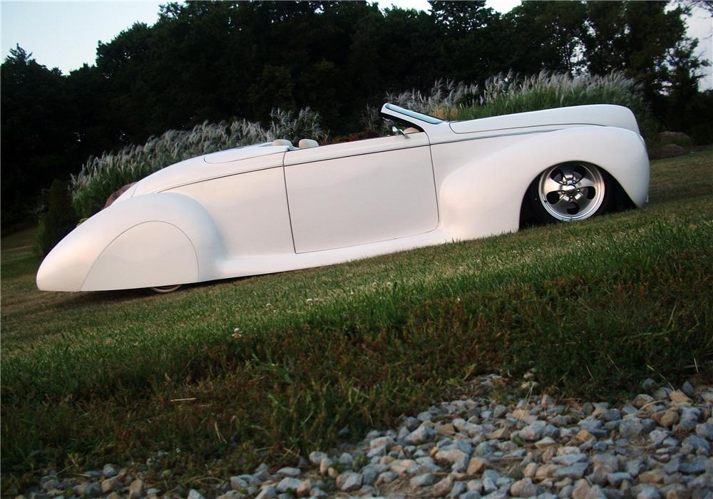 1939 LINCOLN ZEPHYR CUSTOM CONVERTIBLE - Side Profile - 157460