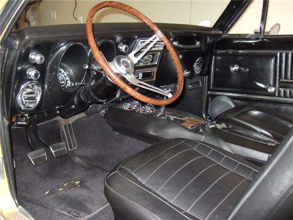 1967 CHEVROLET CAMARO CUSTOM 2 DOOR COUPE - Interior - 157483