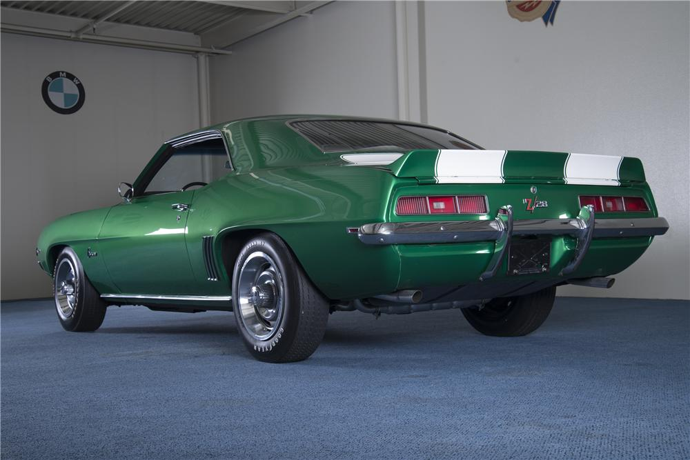 1969 CHEVROLET CAMARO Z/28 2 DOOR COUPE - Rear 3/4 - 157486