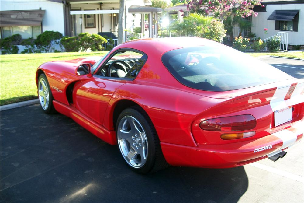 2002 DODGE VIPER GTS 2 DOOR COUPE - Rear 3/4 - 157533