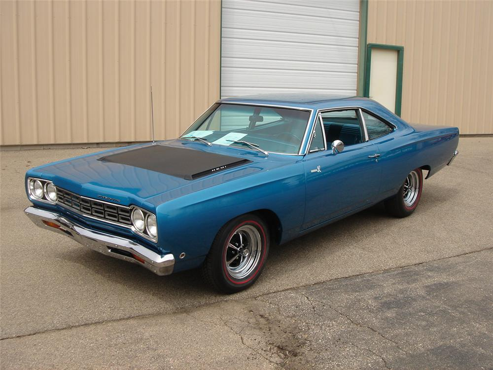 1968 PLYMOUTH HEMI ROAD RUNNER 2 DOOR HARDTOP - Front 3/4 - 157537