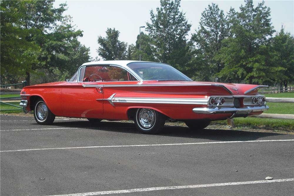 1960 CHEVROLET IMPALA 2 DOOR HARDTOP - Side Profile - 157544