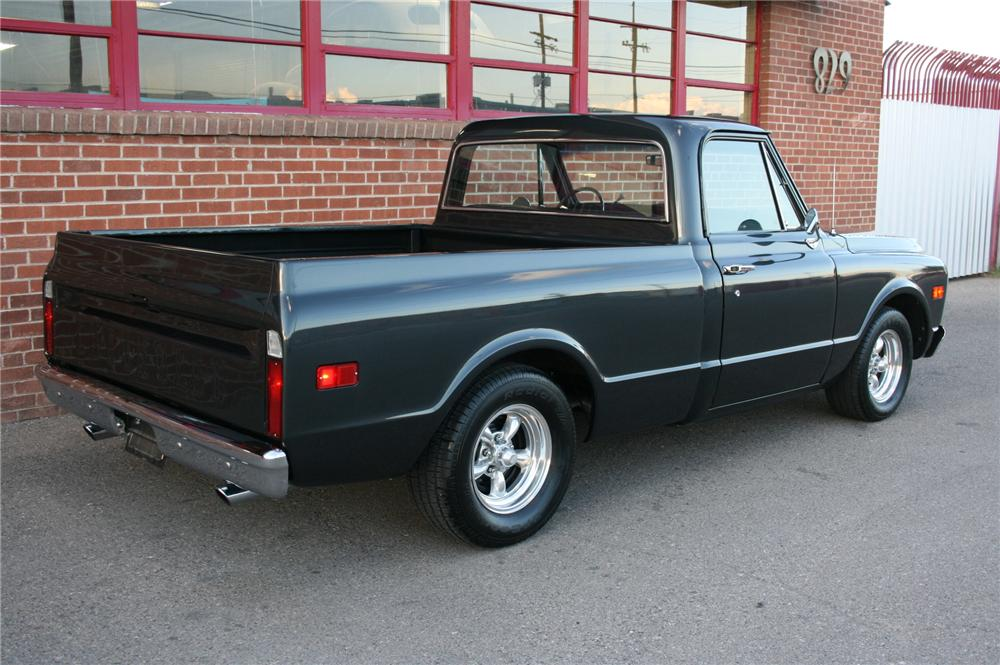 1969 CHEVROLET C-10 CUSTOM PICKUP - Rear 3/4 - 157564