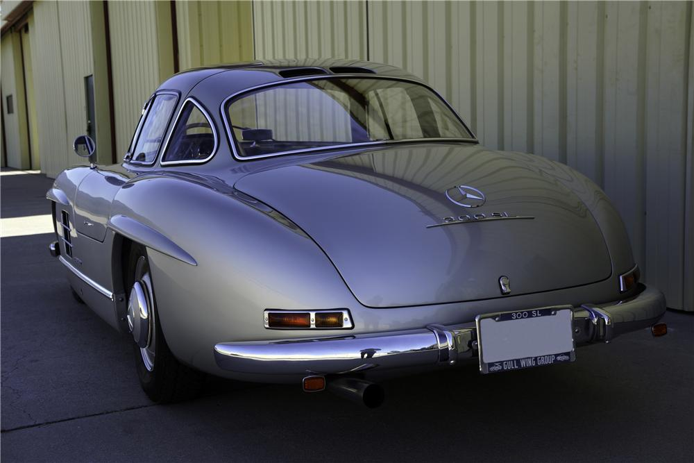 1956 MERCEDES-BENZ 300SL GULLWING COUPE - 157566
