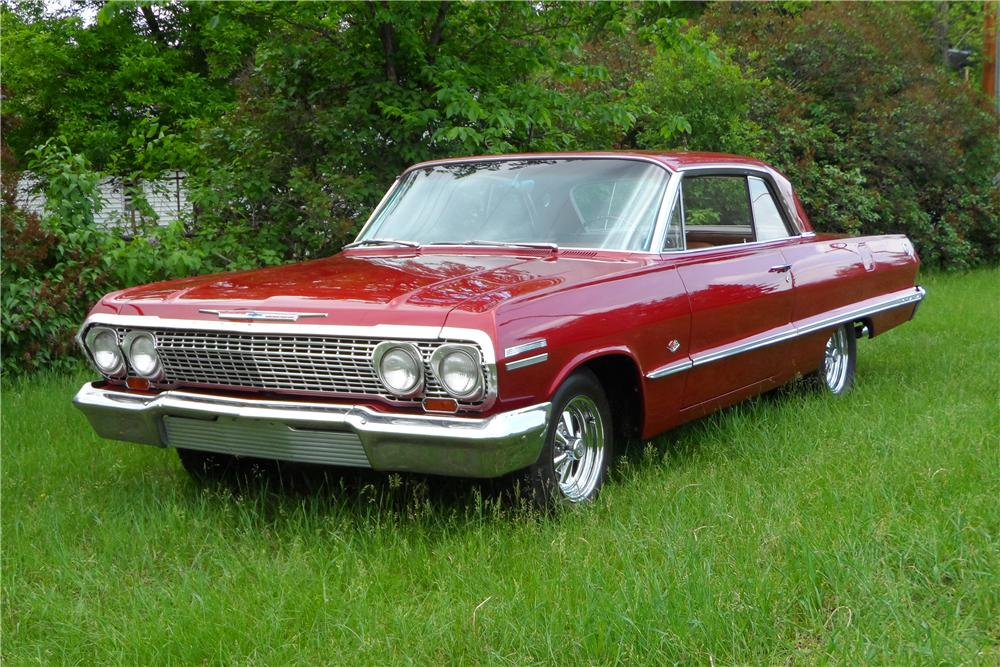 1963 CHEVROLET IMPALA CUSTOM 2 DOOR SPORT COUPE - Front 3/4 - 157586