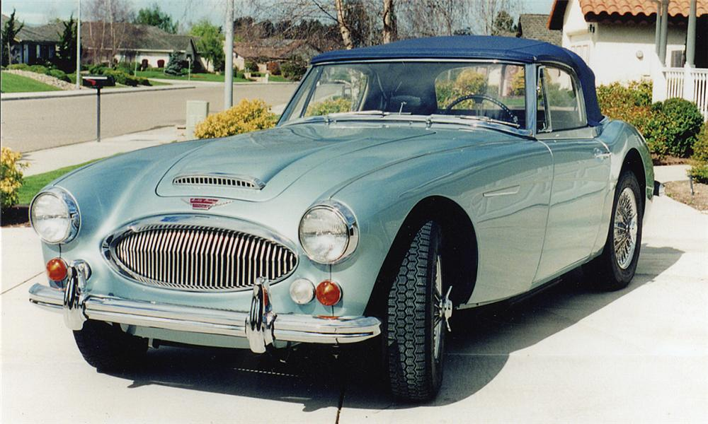 1966 AUSTIN-HEALEY 3000 MARK III BJ8 BJ8 CONVERTIBLE - Front 3/4 - 15759